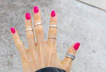 Nails/Make-Up