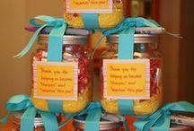Gift ideas / by Stephanie Jordan