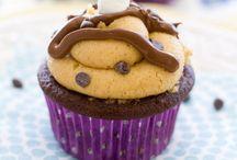 Baking & Sweet Stuff / by Shannon Miller