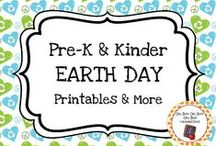 Earth Day Theme / Earth Day theme activities ideas and printables to add to your preschool or kindergarten Earth Day unit curriculum.