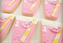 Pink Lemonade Party Ideas / Great ideas for party cakes, decorations, printables,  food and more!