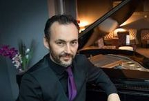 Pianists / Pianists can add a touch of sophistication to your wedding or corporate event.