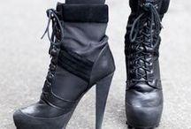 Shoes ~~ / by Dilara Çolpan