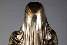 Sculpture / Sculpture to admire, envy and covet.