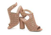 Sandálias / Confira os lançamentos Via Marte. #FashionHits