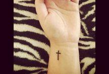 photos/tattoos/piercings