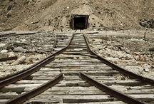 gonna find me a mine / by Joel Knutson