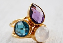 Fabulous Dainty Rings / by Joy Light