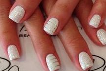 Nails / by Chelsea May