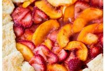 Recipes Tp Try - Desserts & Fruit Salads / by Juanita Solley
