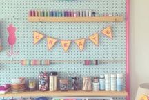 Inspiring Crafts Craftroom / Ideas on how to organize a working place into a craftroom and organizing craft supplies in general