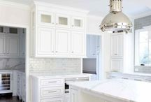 Kitchen Style / I am all about white cabinets and dark hardwood floors with aqua accents.