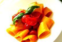 piatti e tradizione / Le ricette di famiglia, italia a tavola.  The family recipes, the true Italian cuisine.