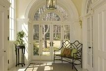 Entryway Decor / Lovely decor to invite all