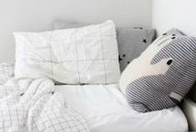 Room & Style \\ J