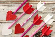 Valentine's Day Crafts and Recipes / Valentine's Day crafts, recipes, and inspiring ideas for creating a fun and romantic holiday.