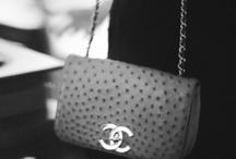 le sac à main. / by HEY CAROL !