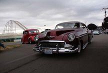 Old Autos Sizzle / by Mo Contreras Bender