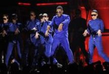 53rd GRAMMY Awards / The biggest moments of the 53rd GRAMMYs in 2011 / by The GRAMMYs