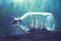 . ♀ Bottles & Drops ♀ . / . • Petites bouteilles, flacon, goutte d'eau • .