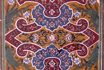 Tile of the Middle East / Dedicated to the indisputable beauty, vivid hues, and intricate patterns of centuries-old tile and its role in  the Middle East.