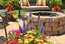 Fire Pit Inspiration / Simple, DIY fire pit design ideas for the yard.
