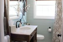 Bathroom / by Rosie Merlin