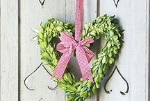 Valentines Day / Decorating ideas, treats and crafts for Valentines Day.
