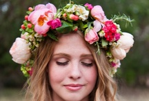Garden Party {Wedding} / Ooooh the flowers! So soft and romantic. Makes me wish for Spring <3