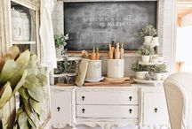 Farmhouse Decor, Rustic Decor, Vintage Style & Inspo / If you're a lover of rustic home decor then this is the board for you! We pin everything to do with rustic home decor from DIY projects to rustic bedrrom ideas, products and items for sale. If you'd like one of your products displayed in our board, please send me a DM and I'll be sure to add you to the group!