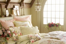 Bedroom / Mostly ideas for a new headboard / by June Van Winkle