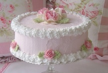 Cake Decorating / by Gloria Loveless Pepper