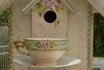 Bird Houses & Feeders / by Patricia Dalton