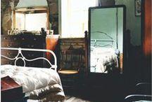 Bedroom / by Samantha Leeds