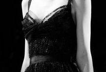 Le petit robe noir