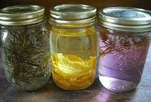 Homemade Cleaners / Save money and keep chemicals out of your home by making your own cleaners.