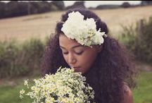 She Wore Flowers in Her Hair / Flower crowns and other fabulous ways to incorporate flowers in your wedding hairstyle.