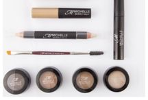 Our Products / Define your brow look with our collection of must-have products #Makeup #browmakeup #BeautyProducts #OnTheGo #Dazzle #Impress #MichelleBeverlyHills