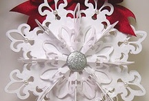 Christmas Ornaments & Decorating / by Tammy Brownlee
