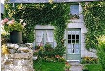 Country Cottages: Outdoors