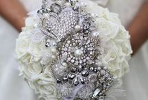 Wedding Flowers / by Caroline Whitmore