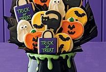 Tricks and Treats / all kinds of Halloween treats to serve your guests^^
