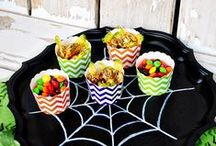 Halloween decor and fun / Everything about Halloween in one spot. DIY projects, decor, food, party ideas.