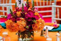 Orange/Salmon/Peach Wedding Color Palette / Orange, Salmon, Peach wedding color inspiration.