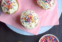 RECIPES KIDS LOVE / After-school snacks, breakfast ideas, easy dinners, birthday treats, and other recipes kids love