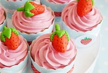 Cupcakes Galore / Cupcakes recipes, ideas, decorations, flavors and baking for birthdays, baby showers, weddings and bridal showers, holidays, family or classroom events! / by Bird's Party