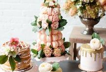 Desserts Table Crush / Desserts Table Ideas, Inspiration, DIY decorations, ceneterpieces and styling we're crushing on!