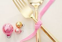 Christmas Party Ideas - PINK / Christmas Holidays party ideas decorations, DIY, tablescapes and styling in pink!