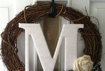 Wreaths I need more wreaths! / by Edy DIY