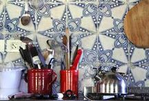 Floors, tiles, wallpapers... / Materiales y revestimientos para suelos, paredes y techos. Decoración interior